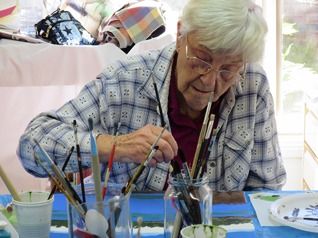 Arcare_Aged_Care_Endeavour_North_Lakes_Art_Class_2