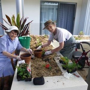 Arcare_Aged_Care_Peregian_Springs_Story_Gardening_2-1024x768