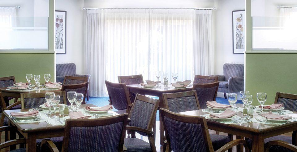 Arcare_Aged_Care_Cheltenham_Sandfield_Dining_Room