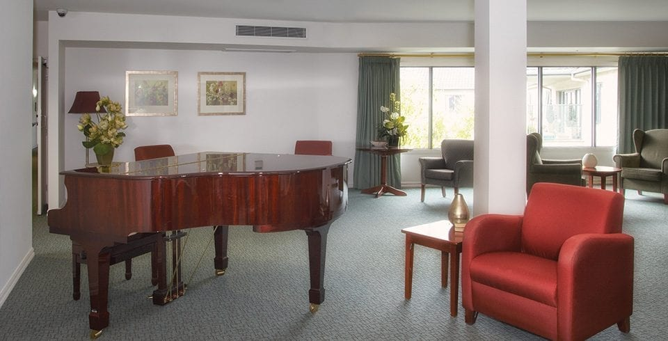 Arcare_Aged_Care_Epping_Greenhill_Piano_Lounge