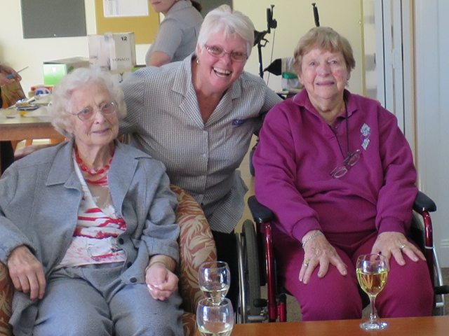 Arcare-Endeavour_Aged-Care-North-Lakes_Stories_030715Arcare_photo4