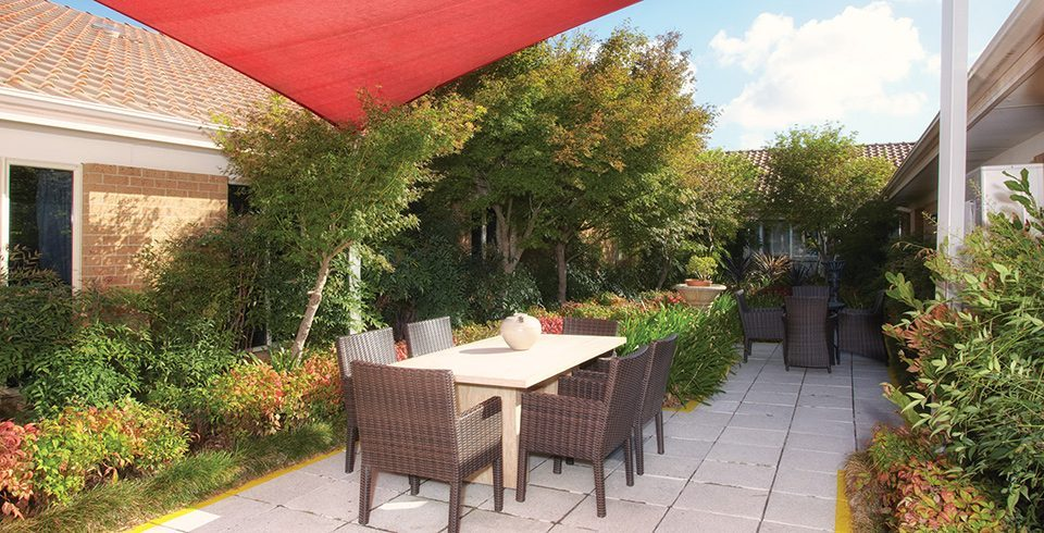 Arcare_Aged_Care_Sydenham_Overton_Lea_Courtyard-960x490