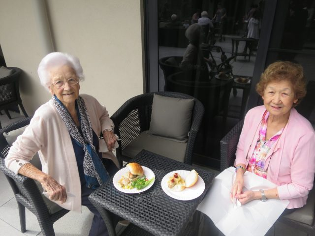 Arcare_Aged_Care_Glenhaven_BBQ