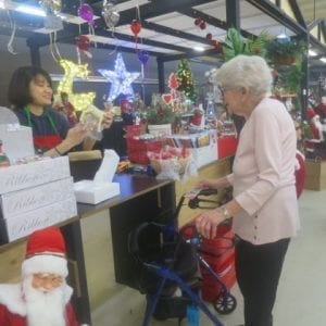 Arcare_Aged_Care_Maidstone_Christmas_Shopping
